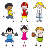 Kinder, die Sport spielen Stockbild