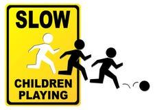 Kinder, die Zeichen spielen lizenzfreie abbildung
