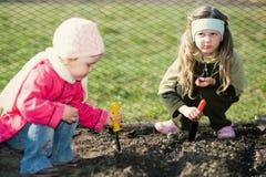 Kinder in einer Landschaft Lizenzfreies Stockbild