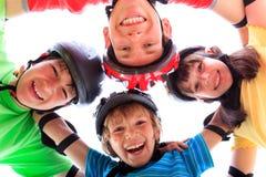 Kinder in einer Unordnung lizenzfreies stockbild
