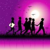 Kinder gruppieren auf Natur Lizenzfreie Stockbilder