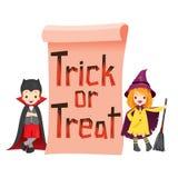 Kinder in Halloween-Kostüm mit Fahne Stockfoto