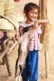 Kinder im Dorf lizenzfreies stockfoto