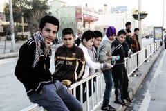 Kinder im Irak neues Jahr feiernd lizenzfreies stockbild