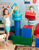 Kinder im Kindergarten Lizenzfreie Stockbilder