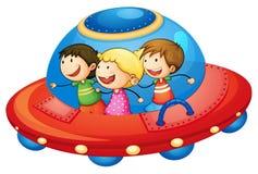 Kinder im Raumschiff Stockfotos