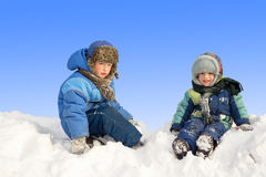 Kinder im Winter Lizenzfreies Stockfoto