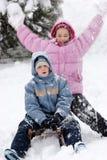Kinder im Winter Lizenzfreie Stockfotos