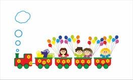 Kinder im Zug mit baloons und Geschenken Stockfotografie