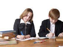 Kinder mit Büchern Lizenzfreie Stockfotografie