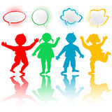 Kinder mit Schwätzchenluftblasen Lizenzfreies Stockfoto
