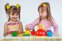 Kinder mit Vorstand Lizenzfreies Stockbild