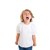 Kinder scherzen schreienden Ausdruck auf Weiß Lizenzfreie Stockfotografie