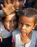 Kinder in Surat, Indien lizenzfreie stockfotografie