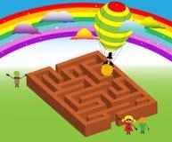 Kinder um das Labyrinth Stockfotos