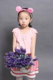 Kinder und Lavendel Lizenzfreie Stockfotografie
