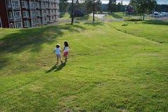 Kinder und Natur stockfotografie