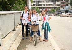 Kinder in Vietnam Stockbilder