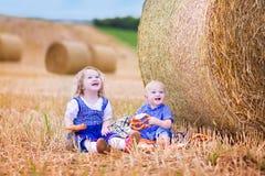 Kinder während Oktoberfest Lizenzfreies Stockbild