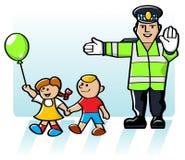 Kinder, welche die Straße kreuzen Lizenzfreies Stockbild