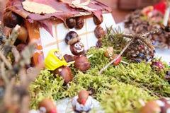 Kinderapplikation von trockenen Blättern und von Beeren Lizenzfreie Stockbilder