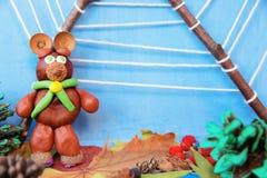 Kinderapplikation von trockenen Blättern und von Beeren Lizenzfreie Stockfotos