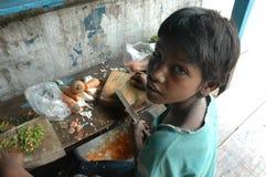Kinderarbeit in Indien. Stockbild