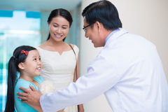 Kinderarzt Stockfotos