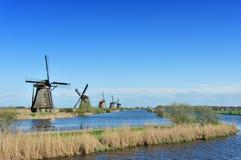 kinderdijk横向荷兰风车 图库摄影