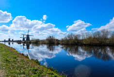 Kinderdijk - Nederländerna Arkivfoto