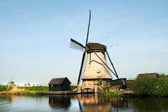 Kinderdijk väderkvarnar Fotografering för Bildbyråer