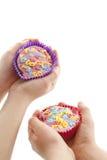Kinderen cupcakes Royalty-vrije Stock Afbeeldingen
