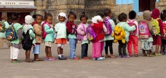 Kinderen in de rij Royalty-vrije Stock Foto