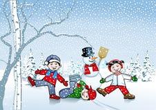 Kinderen in de sneeuw Stock Afbeeldingen