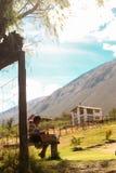 Kinderen die ambachten, Peru maken stock foto's