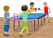 4 kinderen die een dubbele pingponggelijke spelen Stock Fotografie