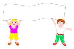 Kinderen die een wit aanplakbord houden Royalty-vrije Stock Afbeeldingen