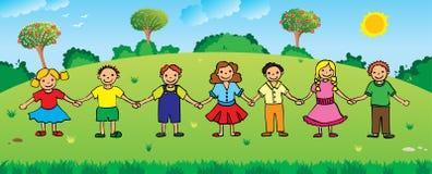 Kinderen die handen houden Stock Afbeeldingen