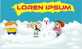Kinderen die sneeuwman bouwen samen en sneeuwbalstrijd in bos hebben tijdens sneeuwval Jonge geitjes die, en een snowb springen i royalty-vrije illustratie