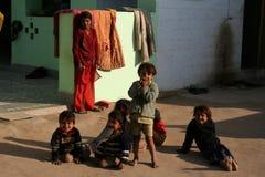 Kinderen in Indisch dorp Royalty-vrije Stock Foto's