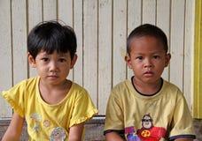 Kinderen in Maleisië stock foto's
