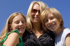 Kinderen met moeder Stock Foto