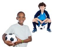 Kinderen met voetbalbal Royalty-vrije Stock Afbeelding