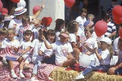 Kinderen op Vlotter in 4 de Parade van Juli, Ojai, Californië Royalty-vrije Stock Foto