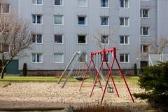 Kinderen openluchtspeelplaats Stock Afbeeldingen