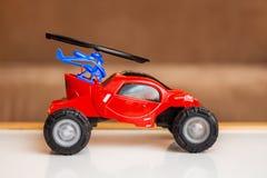 Kinderen` s stuk speelgoed auto, verjaardagsgift, verkoop en aankoop van kinderen royalty-vrije stock fotografie