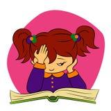 Kinderen in school - het meisje probeert te lezen Royalty-vrije Stock Afbeelding