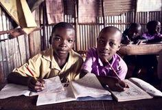 Kinderen in school in Oeganda royalty-vrije stock foto's