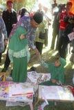 KINDEREN VAN DE BEVOLKING VAN INDONESIË Stock Afbeeldingen