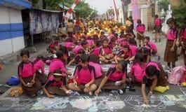 KINDEREN VAN DE BEVOLKING VAN INDONESIË Stock Foto